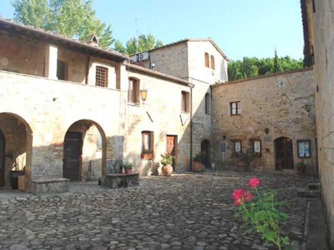 interno-del-castello